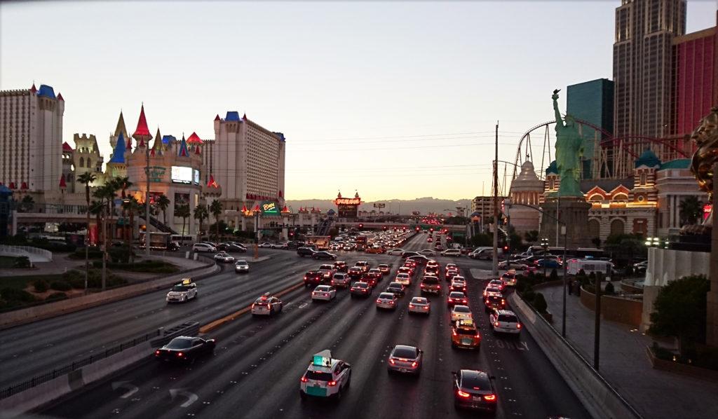 Las Vegas iltaruuhka, autonvuokraus USA:ssa